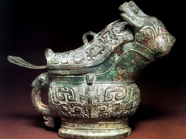 中国古代青铜器纹饰的造型和内涵